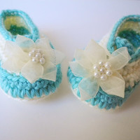 Crochet Baby Ballet Shoes - Teal and Cream Ballet Baby Booties - Mint and Off White Baby Shoes - Pearl Flower - Baby Girl Baby Clothes