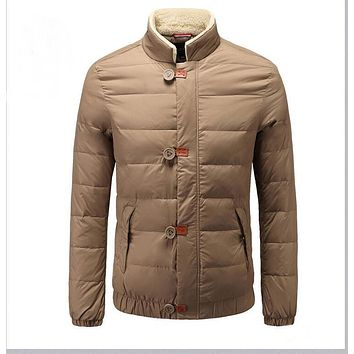 2016 men stand Down jacket Casual jacket Warm in the winter coat Sell like hot cakes style Fast delivery