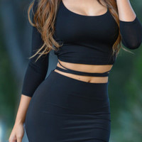 Black Laced Backless 3/4 Sleeve Crop Top
