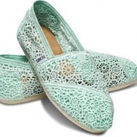 Women TOMS Classics Available Online, Inspired By Argentine Alpargatas | TOMS.com | TOMS.com