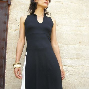 Summer Womens top tunic-Womens blouse tunic -Asian lycra/jersey  tunic in black-High slits at sides-Sleeveless womens tunic