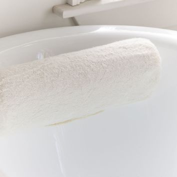 Roll Bath Pillow | Urban Outfitters