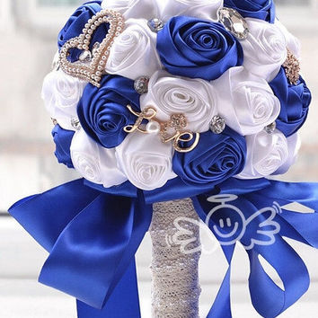 handmade Wedding bouquet blue rose flower Silk pearl   Valentine day rhinestone diamond Bride Hands Holding   Rose Flower Wedding Bridal Bridesmaid Flower sy009 = 1929359684