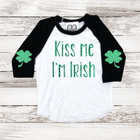 St Patricks Day Sparkle Tee Baseball T Shirt  Kiss Me Im Irish Shamrock Four Leaf Clover Elbow Patch Funny Long Sleeve Tee Holiday Graphic