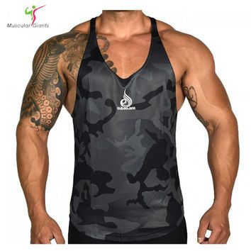 2017 New Style Brand Men Tank Top Bodybuilding Fitness Tank Tops Gymclothing Singlets Vest Camouflage Men Shirt