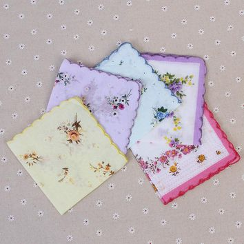 5Pcs Women Vintage Pocket Hanky Pocket Square Hanky Handkerchiefs Floral Printed Handkerchief 100% Cotton Random Color 30cm*30cm