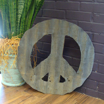 Wall Art - Rustic Tin Peace Sign