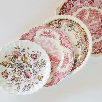 Mismatched Transferware Shabby Chic Chippy Plates Set of 4 Shabby Cottage, Mosaics, Craft Supplies, Dinner Plates, Small Plates