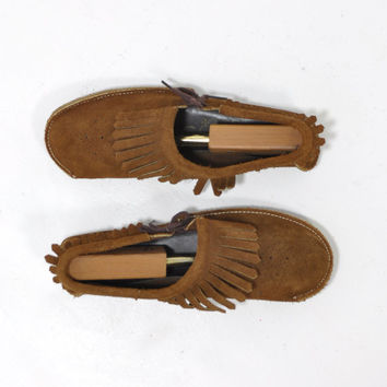 Vintage 70s Moccasins • Side Tie Moccasin Flats • Brown Suede Shoes • Vintage Fringed Moccasins • 1970s Moccasins • Women's size 8.5