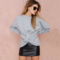 Gray Loose Sweatshirt with Kink