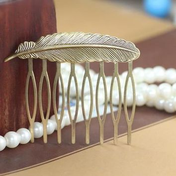Vintage 8 Teeth Comb Hair Jewelry Charm Women Leaf Hairpin Feather Hairclips Barrettes Retro Hair Wear Accessories DIY