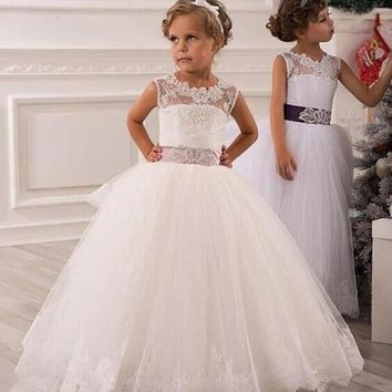 Christmas White Flower Girl Dress Lace Up Hollow Lace Appliques Ball Gown Layered Organza Wedding Party Dress for Baby Girls