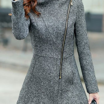 Turn-Down Neck Long Sleeve Zipper Design Coat