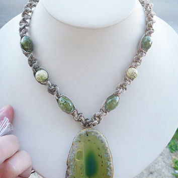 Green Agate Slice Hemp Necklace     hippie unisex       handmade macrame jewelry