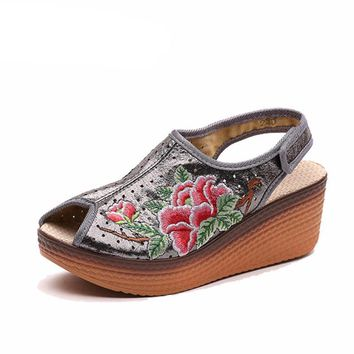 Embroidered Wedge Sandals Open toe shoes