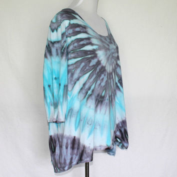 Plus Size Tie Dye, Plus Size Hand Dyed Shirt, Size 18/20, Blue Plus Sized Tunic, Womens Tunic, Sharkbite Hemline, Plus Size Blouse