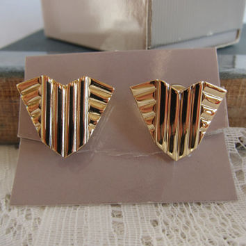 "80s Avon Gold Tone ""Alexandria"" Arrow Shaped Art Deco Inspired Chevron Clip-On Earrings -- New In Box!"