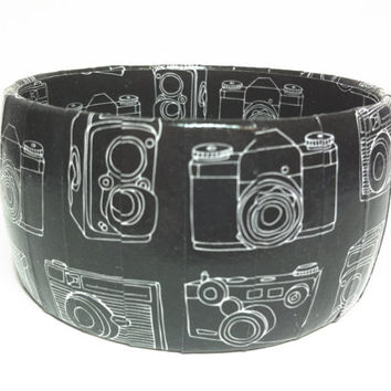 Camera Bracelet, Photographer Jewelry, Gift for photographer and friends