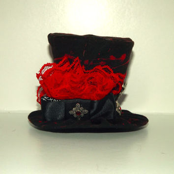 Tiny Top Hat- Black and red tiny hat- Gothic hair accessory- Vampire themed accessory- Wearable art- Handmade tiny hat