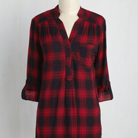 At-Home Editor Plaid Tunic | Mod Retro Vintage Short Sleeve Shirts | ModCloth.com