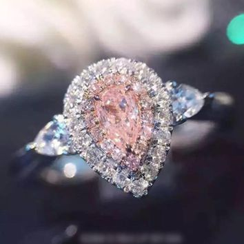 Romantic Synthetic Pink Crystal Engagement Ring Excellent Full Rhinestones Inlaid Ring Water Glass Zircon Rings For Women