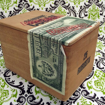Genuine (COUNTERFEIT) Cuban Robusto Empty Wooden Cigar Box