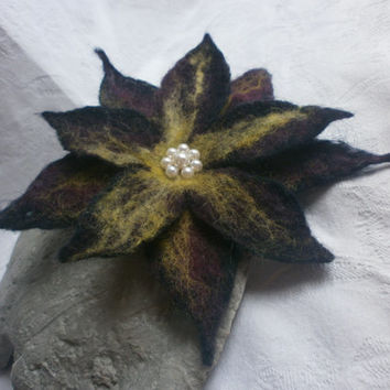 Black Flower brooch,felt wool flower brooch,pearl,felt brooch,purple yellow felt flowers corsage brooch pins,scarf,jewelry hair accessories