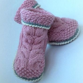 Crocheted booties baby boots knitted baby Uggs Baby Baby Boy Baby Girl Booty knit baby