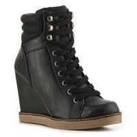 R2 Danika Wedge Bootie