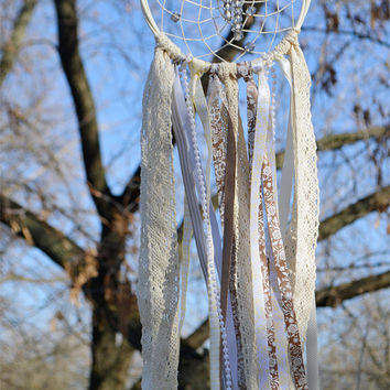 Modern Bohemian Dream Catcher, Home Decor, Wall decor, Wedding Decor, Gift, Shabby chic, Beige and White