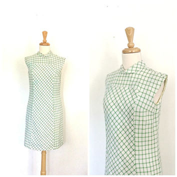 Vintage 60s Shift Dress - plaid dress - sheath - Jackie Kennedy - mod - linen dress - S M