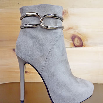 "Luichiny Whoa Girl Taupe Platform Ankle Boots - 5"" Stiletto Heels"