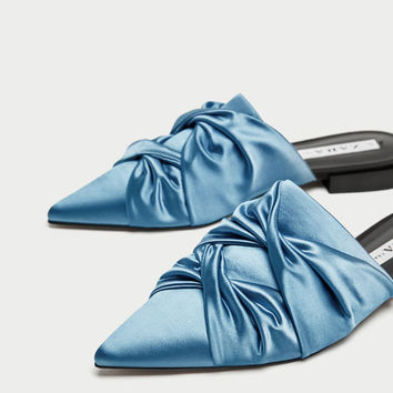 FLAT GATHERED MULES WITH POINTED TOES