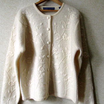 Wool Cardigan ivory white vintage 90s sweater embroidered cardi floral pattern preppy hipster womens medium Karen Scott