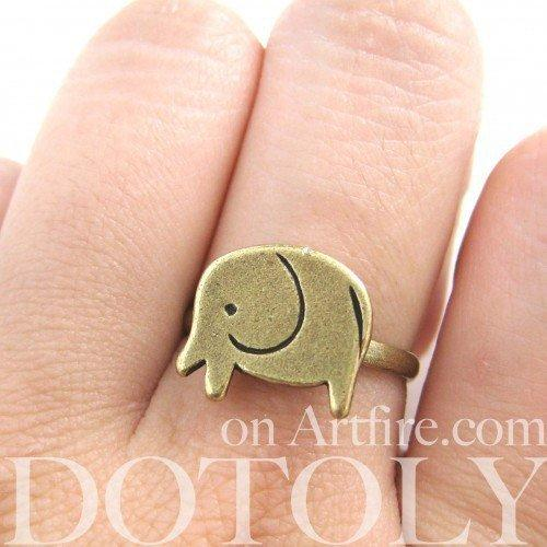 Simple Elephant Animal Adjustable Ring in Bronze
