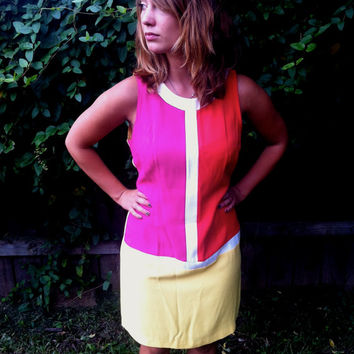 Retro Colorblock Sleeveless MiniDress // Mod // by HawkShopVintage