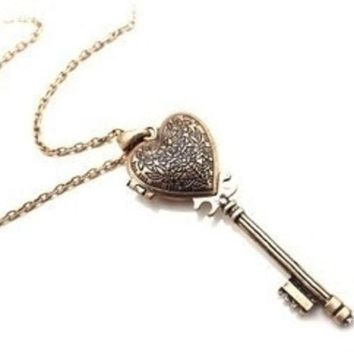 PEAPIX3 Vintage Heart-Shaped Key Necklace Can Open = 1946536516