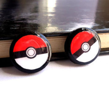 Pokemon Pokeball Stud, pokemon stud, Tiny Ear Studs, Red and white, Pokeball post earrings, Small ear stud, Free shipping