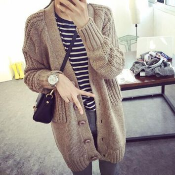 VONE055 Fashion V-Neck Loose Sweater Coat