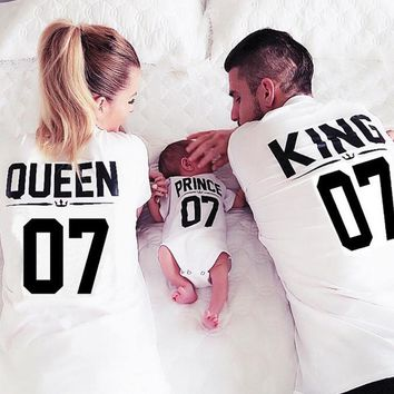 Family Matching Outfits Mother Daughter T shirt Clothes Girls Shirts Queen King Princess Prince