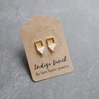 Cream and Gold Beaded Geometric Stud Earrings // Gold Post Earrings // Handmade Earrings E059 by Indigo Lunch