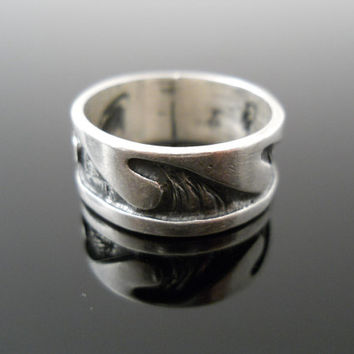 Waves Ring, Silver Ring, Size 9 Ring, Sterling Ring, Wide Band Ring, 925 Ring, Mexico 925 Ring, Wide Silver Ring, Large Silver Ring