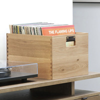 Symbol Audio: Dovetail Record Crate - Oak