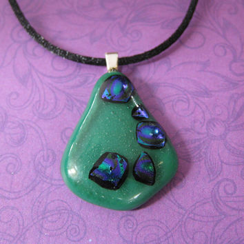 Teardrop Pendant, Green, Purple, Etsy Fashion Jewelry - Walk This Way - 1467