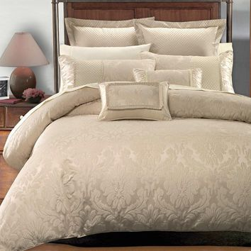 Sara 7PC Duvet Covers Set by Royal Hotel Collection