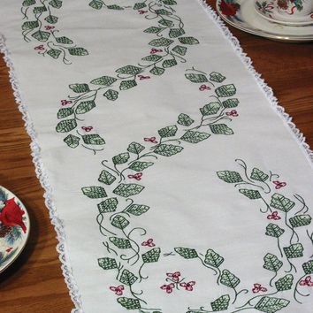 "Ivy Stamped Lace Edge Table Runner 15""X42"""