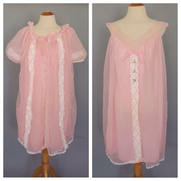 Size Large Vintage Peignor Set Pale Pink Nightgown Robe Lingerie Lace Teddy Mad Men Pin Up Girl Boudoir Fashion Wedding Night Shorty Robe