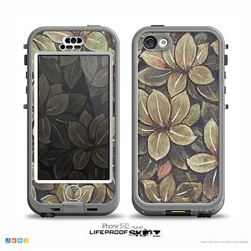 The Vintage Green Pastel Flower pattern Skin for the iPhone 5c nüüd LifeProof Case
