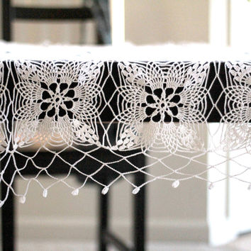 Hand crochet cotton white square lace tablecloth vintage style
