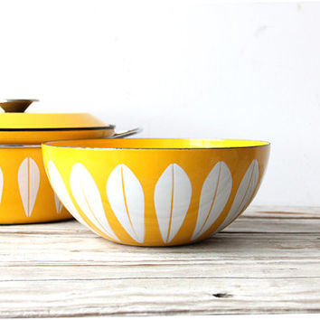 Extra Large Cathrineholm Yellow Bowl